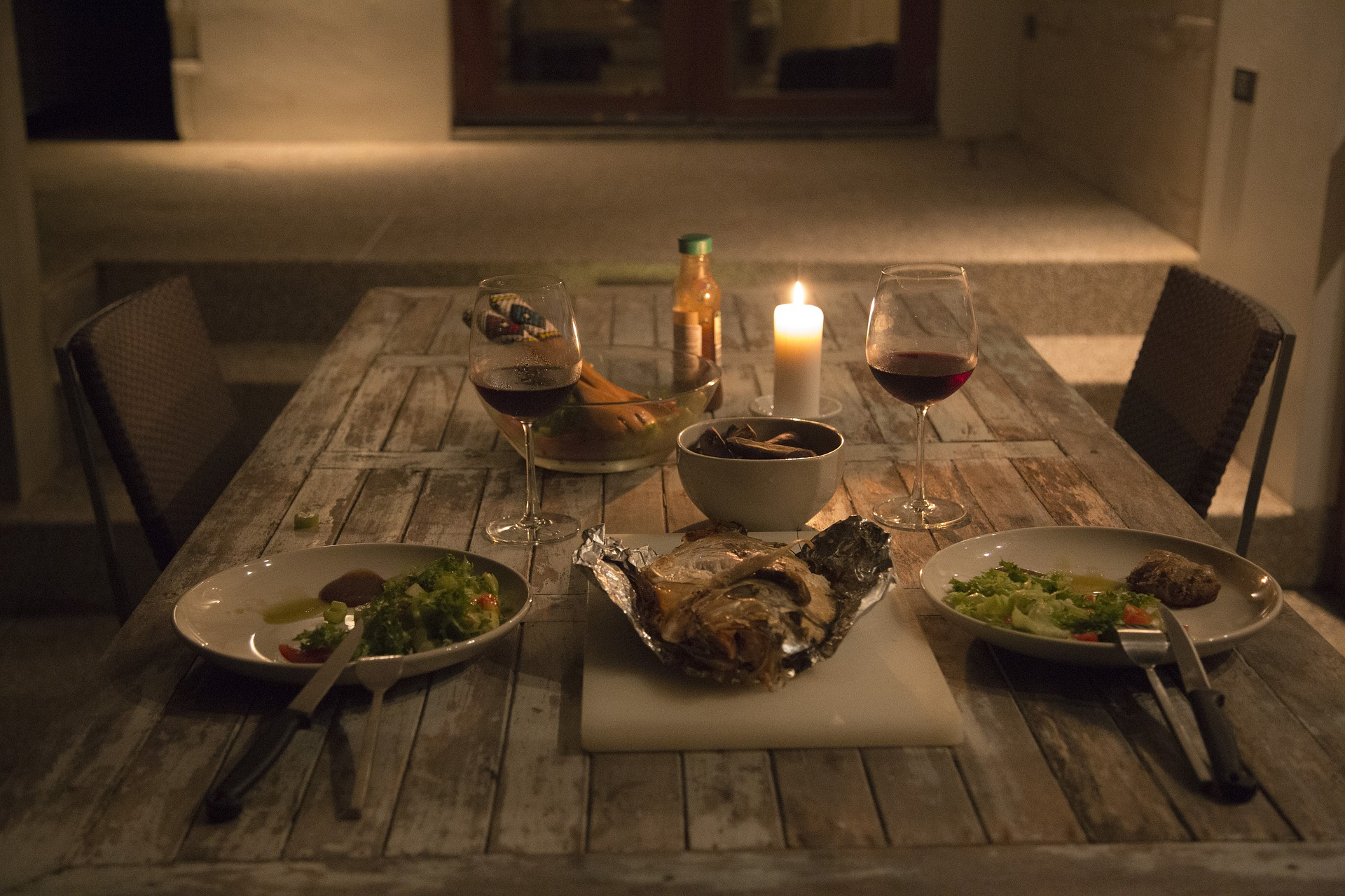 Romantic date nights at home for parents messy blog uk for Romantic meal ideas at home