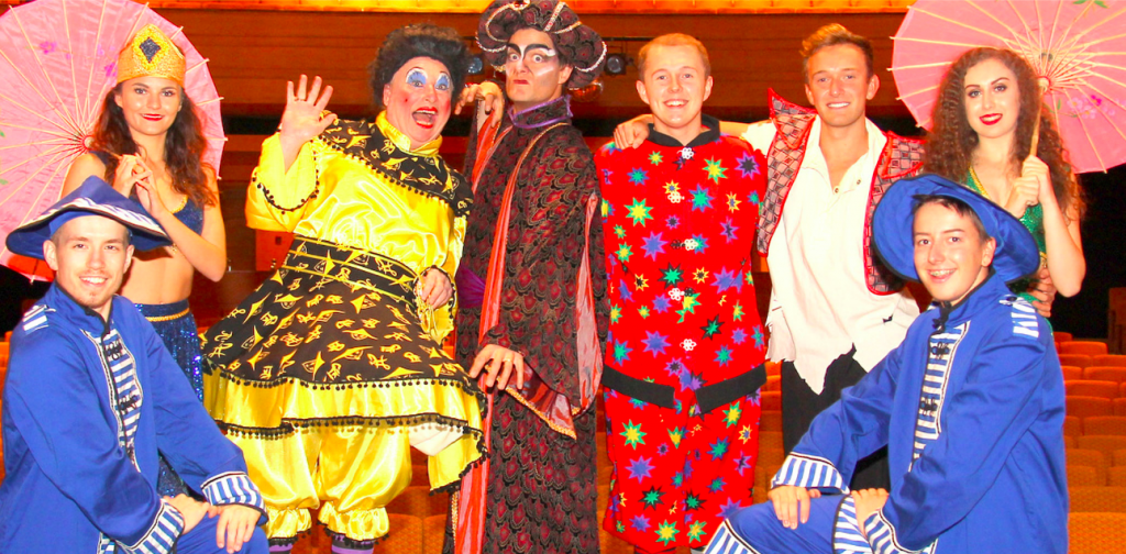 THe cast of Broadway Theatre's Aladdin